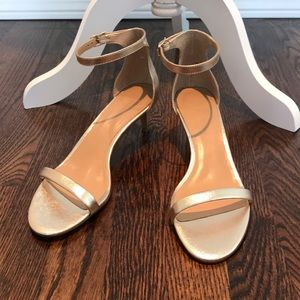 Banana Republic gold leather heeled sandal